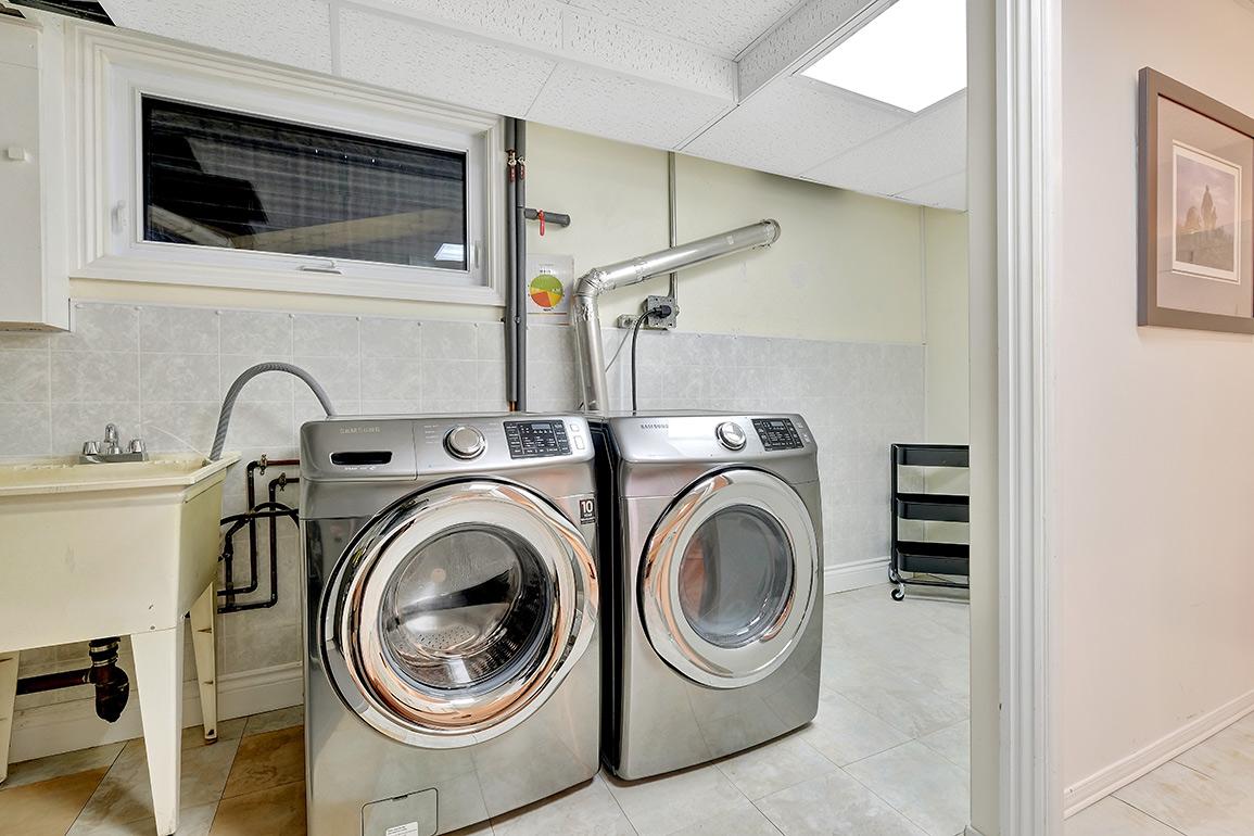 11-harrogate-032laundry